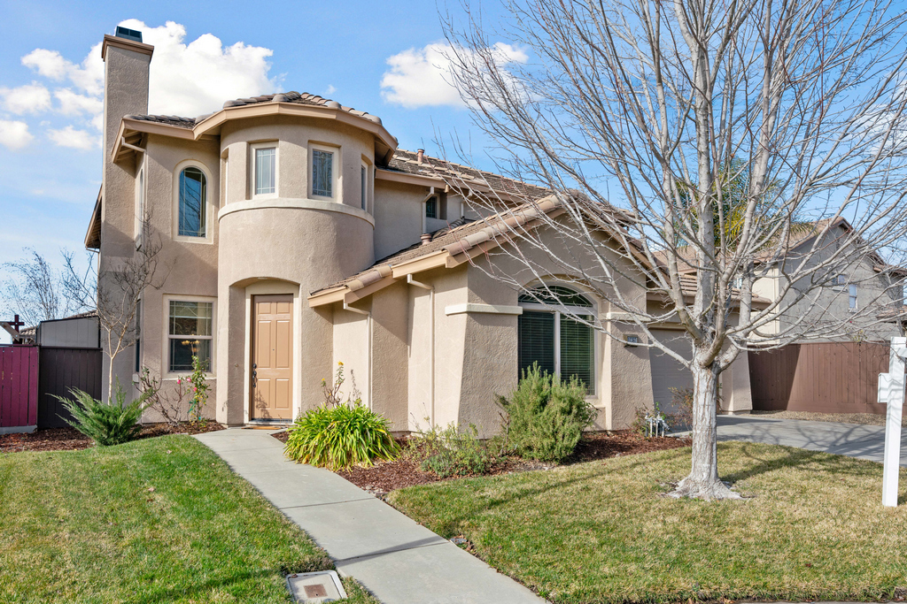 10360 Via Cinta Ct - presented by James Tan MBA Broker/Realtor - Bethany Real Estate and Investments - One of the best real estate agent in Elk Grove